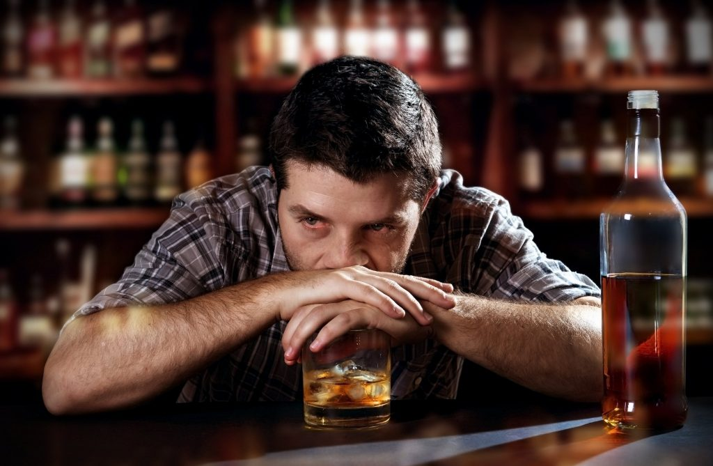 выпивка не спасет от проблем