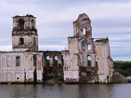 забытые людьми умирающие церкви